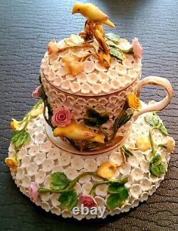 Meissen porcelain SCHNEEBALL snowball cup & saucer with raised flowers &