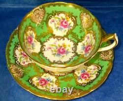 Paragon Exquisite RARE Apple Green Rich Gold Flowers A714 Cup & Saucer 1940s