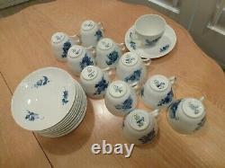 Royal Copenhagen Denmark Porcelain Set Of 11 Cup And Saucer Blue Flowers